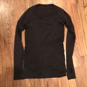 Lulu lemon long sleeve shirt.